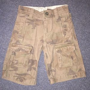 GAP Green Camo Cargo Shorts Little Boys Sz 5T